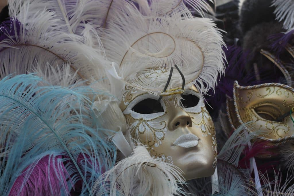 5 Reasons to Use Our Easy Mardi Gra Party Checklist
