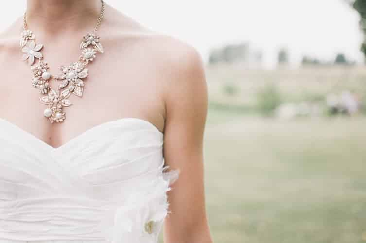 Bridal Accessories Shopping Tips