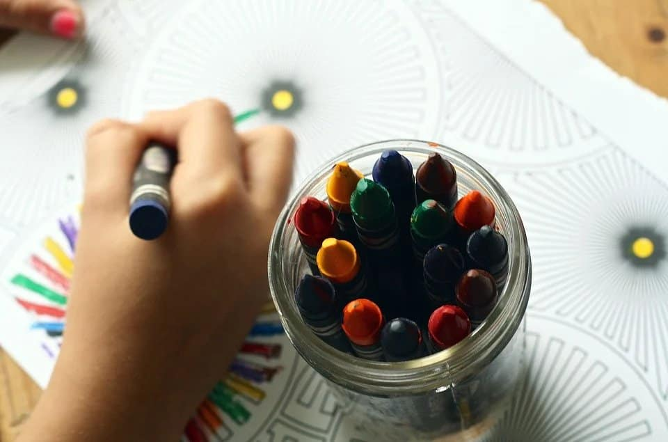 Coloring books, Crayons