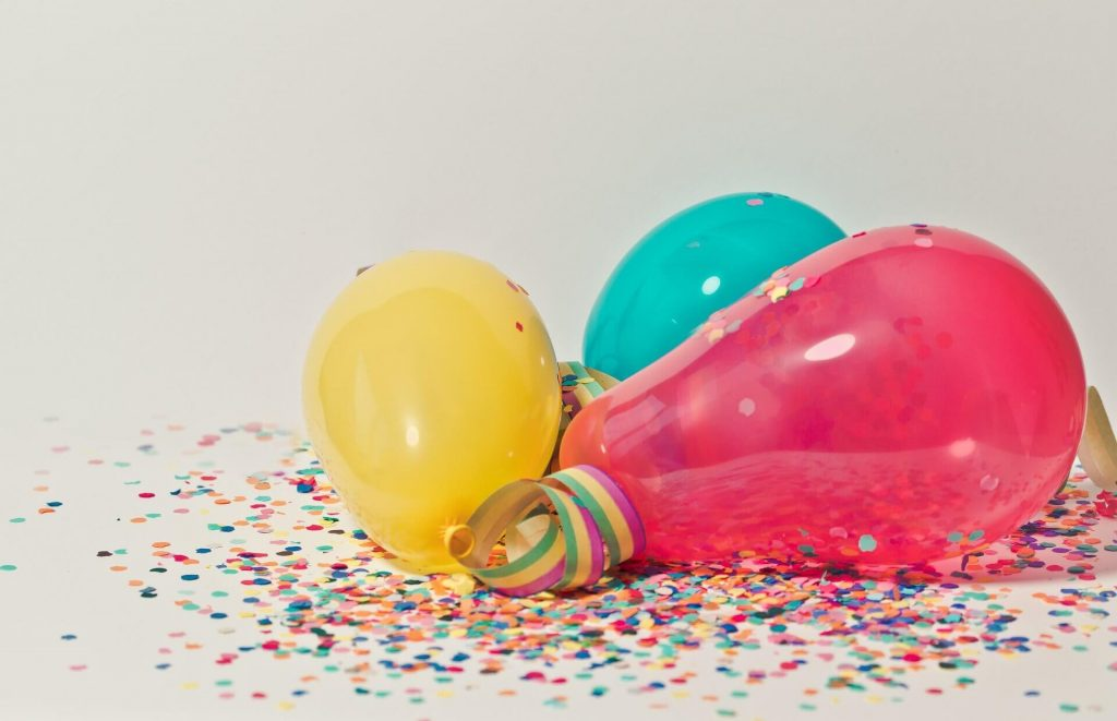 21st Birthday Party Ideas: Decorations