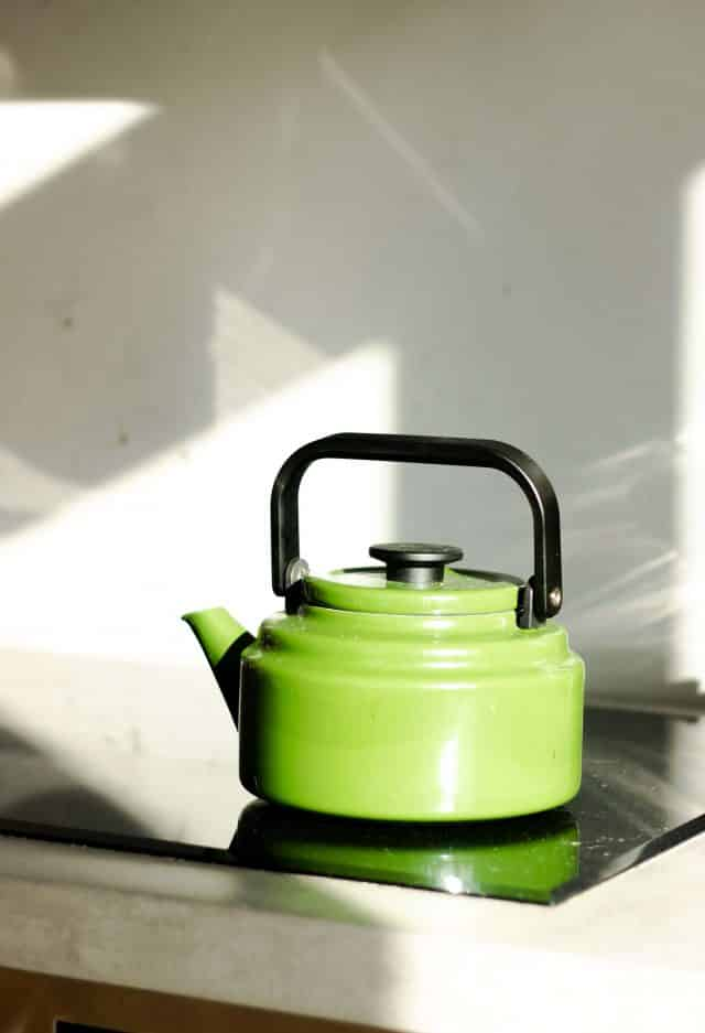 Best Tea Gift Sets: Tea Kettles and Teapots