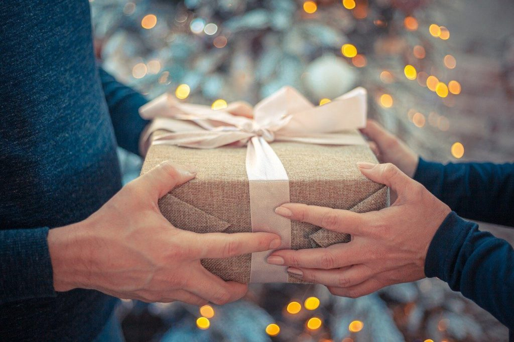 Christmas Gifts for Wife: Customizable Ideas
