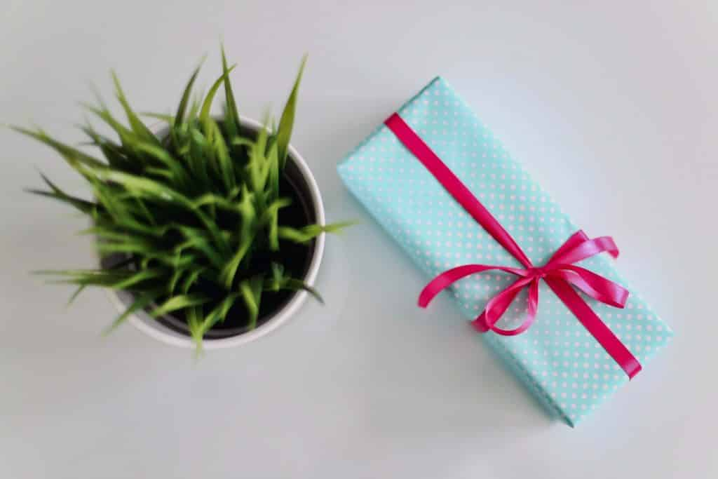 Home Bridal Shower Hostess Gifts