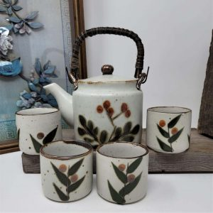 Stoneware Tea Sets