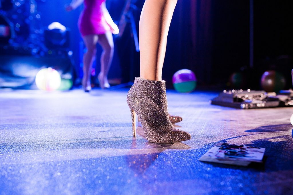 Party Bus Rental Guide Source: Pixabay