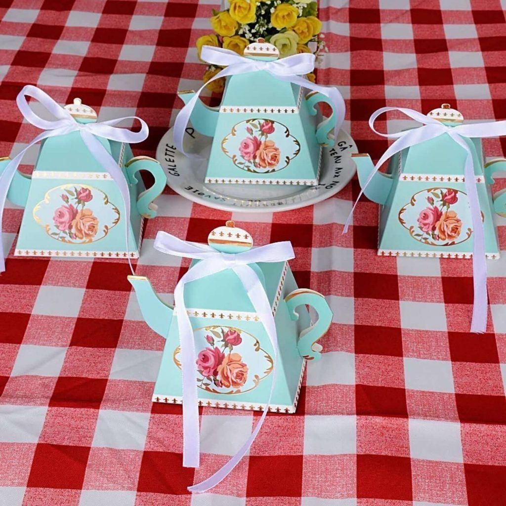 Alice in Wonderland Party Ideas: Party Favors